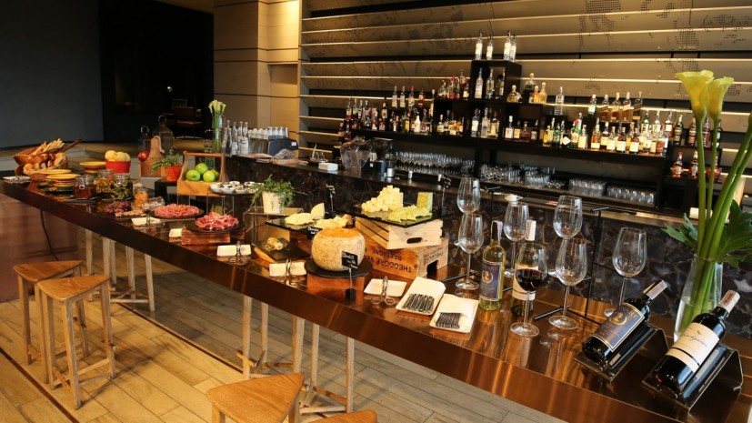 so-sofitel-bangkok-mixo-wine-down-at-so-1